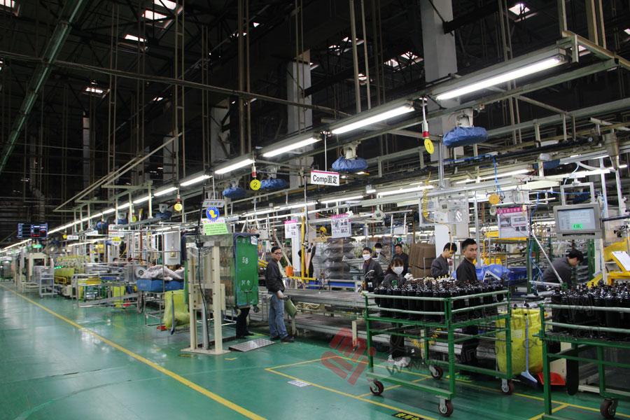 高清图:探索lg天津工厂空调生产线